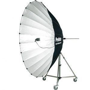 100320_a_Profoto-Giant-Reflector-300-angle_ProductImage